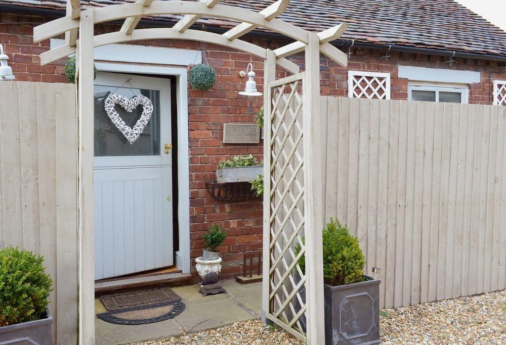 Cheshire Boutique Barns in Wrenbury near Nantwich - holiday cottages
