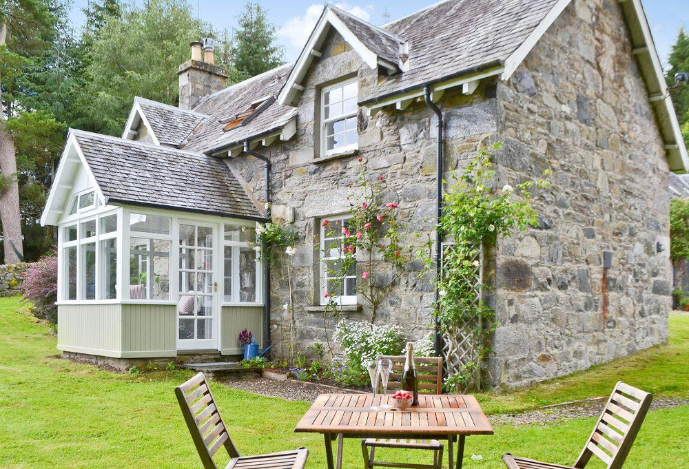 Explore the Scottish Highlands with a few days at the holiday cottage of Over Blairish Cottage - near Aberfeldy and Pitlochry